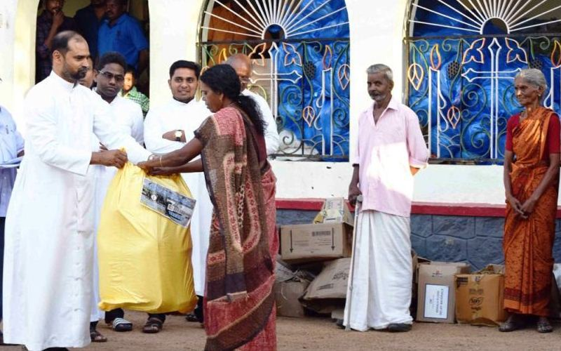 Understanding the need of the time- Flood relief activities by Don Bosco Kottiyam